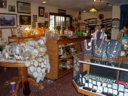 HEART OF THE HILLS ANTIQUES, FIREARMS & COLLECTIBLES